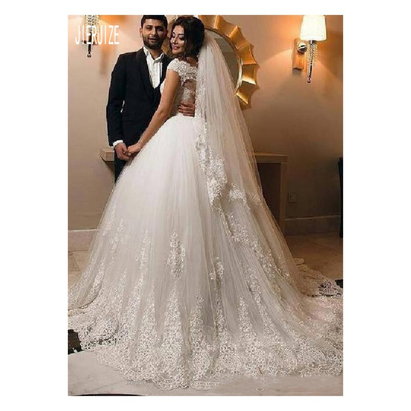 JIERUIZE Charming Ball Gowns Dubai Wedding Dresses Short Sleeves Sheer Button Back Lace Appliques Bridal Gowns Robe De Mariee