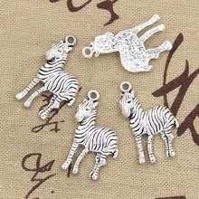 15 pçs encantos zebra pinto 30x17mm antigo prata cor pingentes diy colar artesanato fazendo descobertas artesanal tibetano jóias