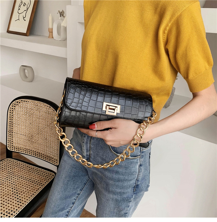 Crocodile Pattern Vintage Soild Color Small Square Bag For Women 2020 summer Handbag And Small Chain Bags Fashion Armpit Bag (13)