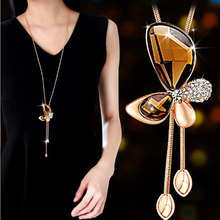 цена на Creative Butterfly Long Necklace Women Jewelry Tassel Sweater Chain Crystal Statement Necklaces & Pendants Collier Gift