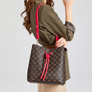 Designer Brand Bucket Handbags Fashion New Barral Tote Bags New 2020 Classical Flower Messenger Bag New Designers Bag Women Bags