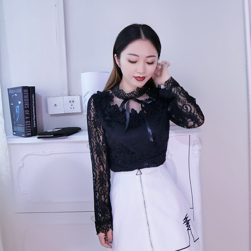 2020 Spring Fashion Autumn Women Long Sleeve Blouse Sweet Floral Hollow Lace Shirt Female Bow Mesh Blouses Short Bottoming Tops