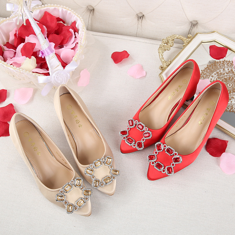 Chinese Style Marriage Shoes Man-made Diamond Chunky-Heel Semi-high Heeled Pointed-Toe Xiu Shoes Bridal Shoes Wedding Shoes Red