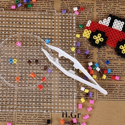 Useful 2 Pcs Random Color Kids Craft Anti-Slip Tweezers For Fuse Beads Pegboard Kids Educational Toys