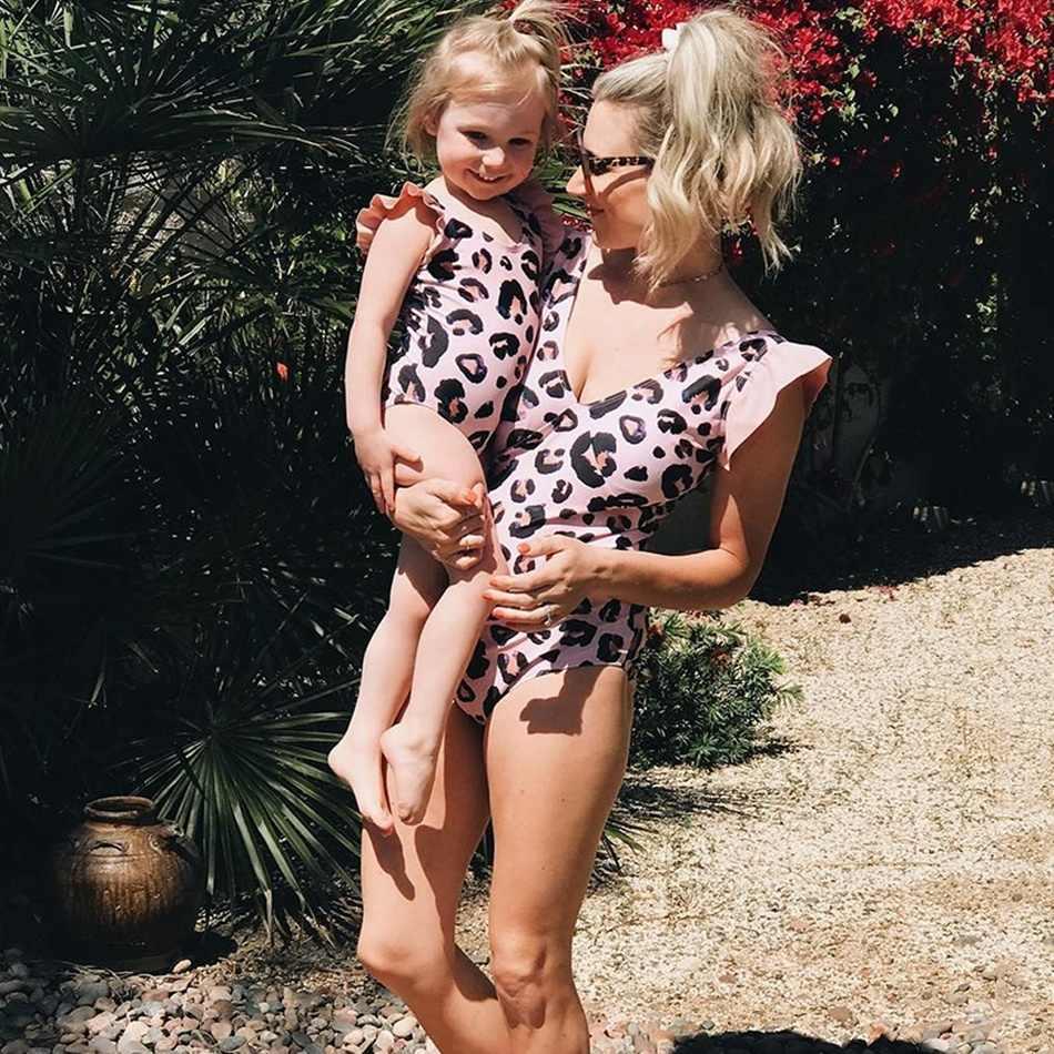 ครอบครัวชุดว่ายน้ำเสือดาวชุดว่ายน้ำแม่ลูกสาว bath ชุดพ่อลูกชายว่ายน้ำกางเกงขาสั้น mommy Daddy และ Me ชุดเสื้อผ้าดู