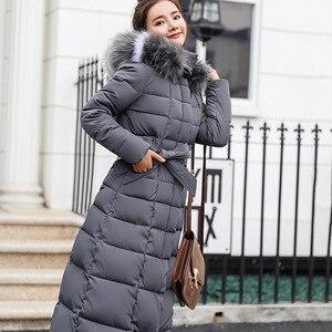 Image 2 - חדש מרופד מעיל 2019 ארוך אופנה חורף מעיל נשים עבה למטה מעיילי נקבה Slim פרווה צווארון החורף חם מעיל נשים