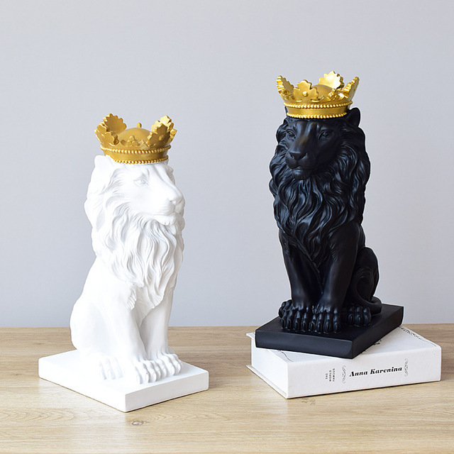 VILEAD Golden Crown Lion King Statue Nordic Handicraft Home Office Decoration Lion King Modle Animals Art Sculpture 4