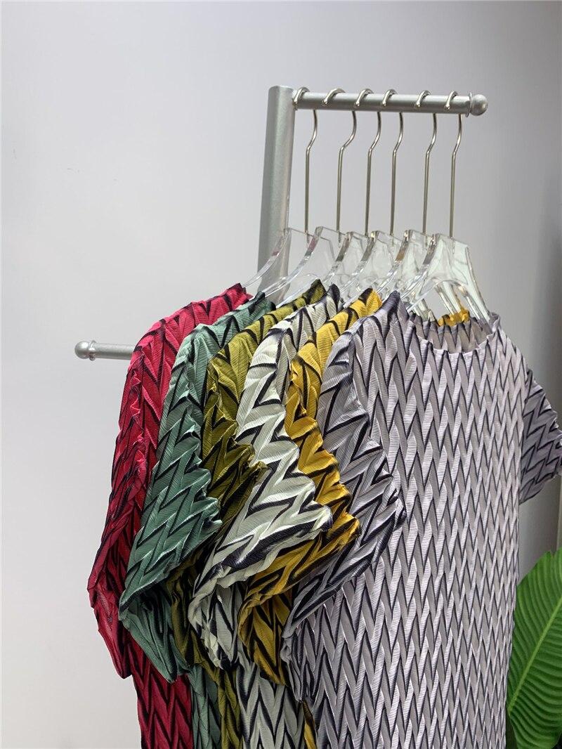 Miyake Camiseta de talla grande plisada hecha a mano para mujer, top informal de estética, camiseta sin mangas recortada, tops vintage para mujer 2021 Camisetas  - AliExpress