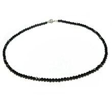 Колье чокер с черной шпинелью, из серебра 925 пробы