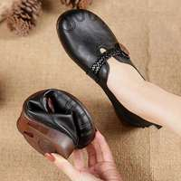 2021 Summer Leather Moccasins Woman Flats Comfortable Grandma Shoes Ladies Loafers Handmade Vintage Black Flats Women's Shoes 1