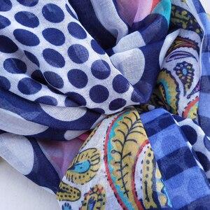 Image 4 - 코튼 여성 긴 Scarfs 2020 봄 신사 숙녀 Viscose Shawls 얇은 여름 패션 해변 이슬람 Hijab 머리 가을 스카프를 래핑