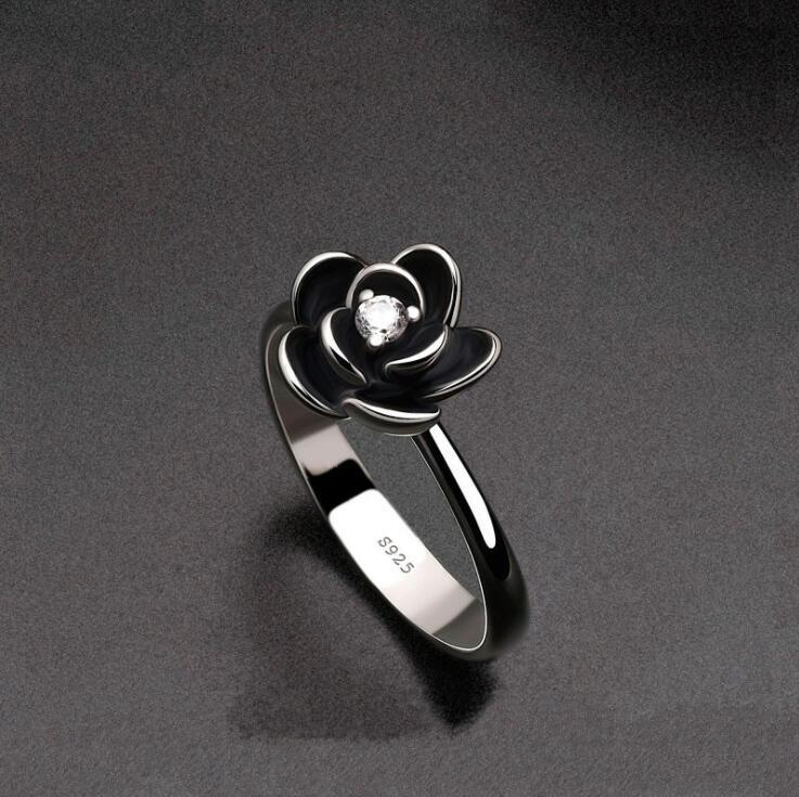 Flower Party Rings for Women with Black Stainless Steel Engagement Ring for Girl(China)