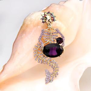 Image 2 - Tuliper Halloween Mermaid Skeletschedel Broche Voor Vrouwen Crystal Pins Partij Sieraden Gift Broche Femme