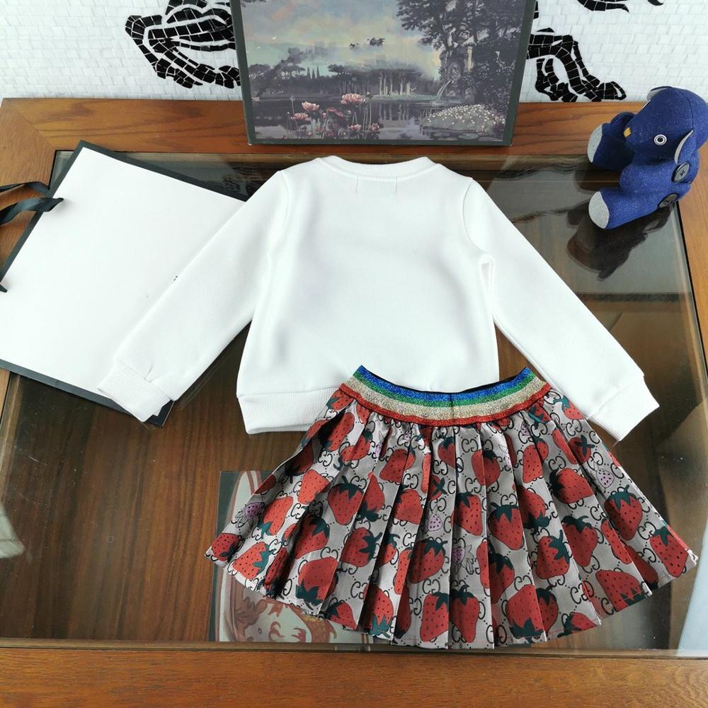 Meisjes Kleding Sets Lange mouwen Cartoon aardbei Borduurwerk T Shirts + plooirok 2 Stuks Meisjes Kleding Sets Kids kostuum - 3