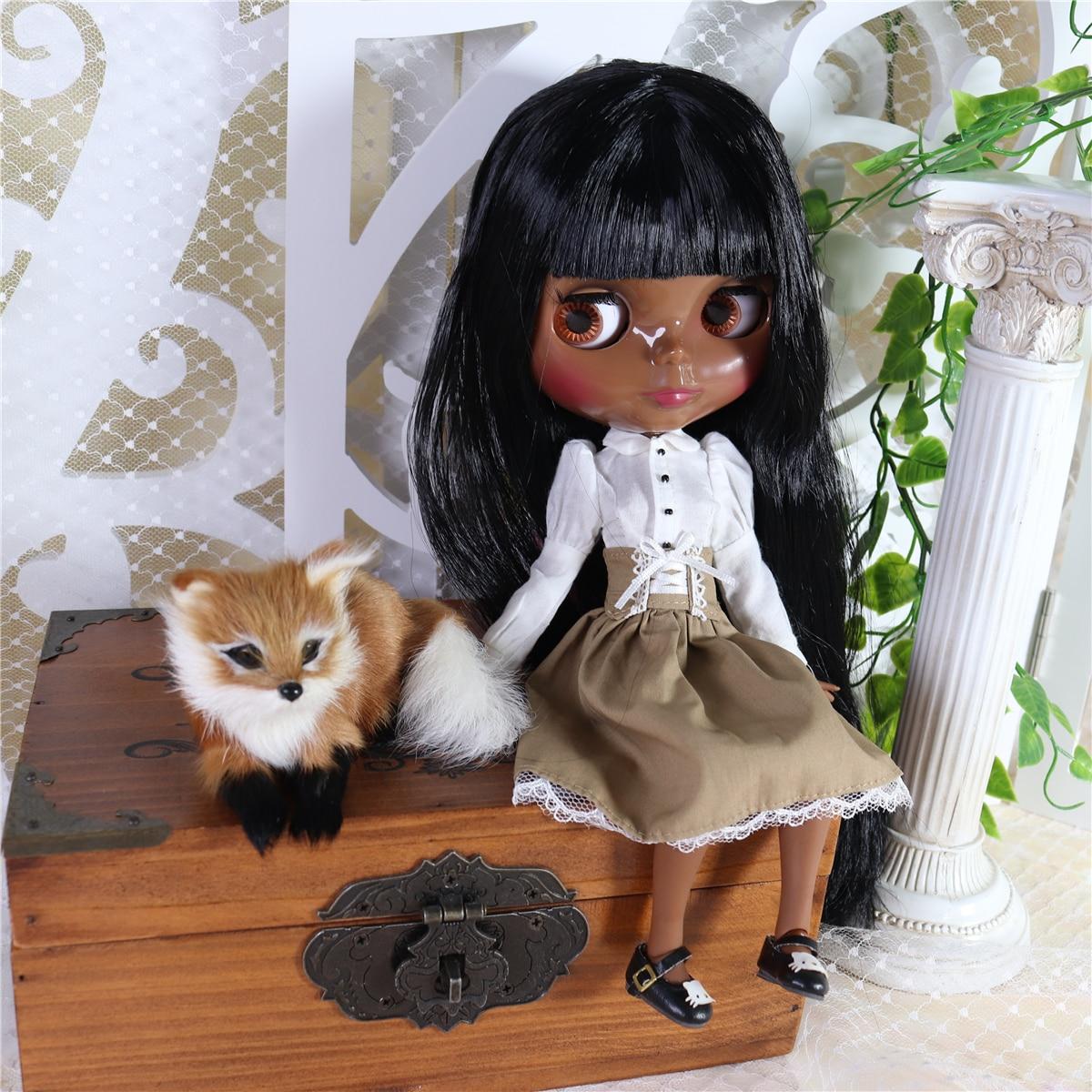 Neo Blythe Doll White Shirt Brown Black Skirt 4