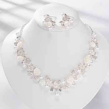 Fashion Indian Crystal Pearl Flowers Bridal Earrings Necklace Set Nigerian Wedding African Beads Rhinestone Bridal Jewelry Set Fashion Jewelry