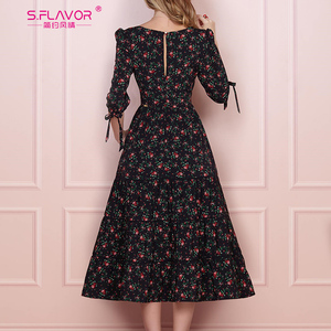 Image 2 - S.FLAVOR Women Vintage Boho Floral Printed Dress 2020 Summer Three Quarter Sleeve V Neck Party Dress Elegant A Line Dress