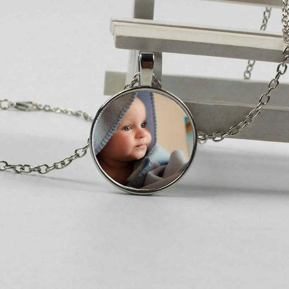 Personalized photo pendant necklace, your baby boy, mom, dad, grandma, family parent-child personalized photo is a gift jewelry