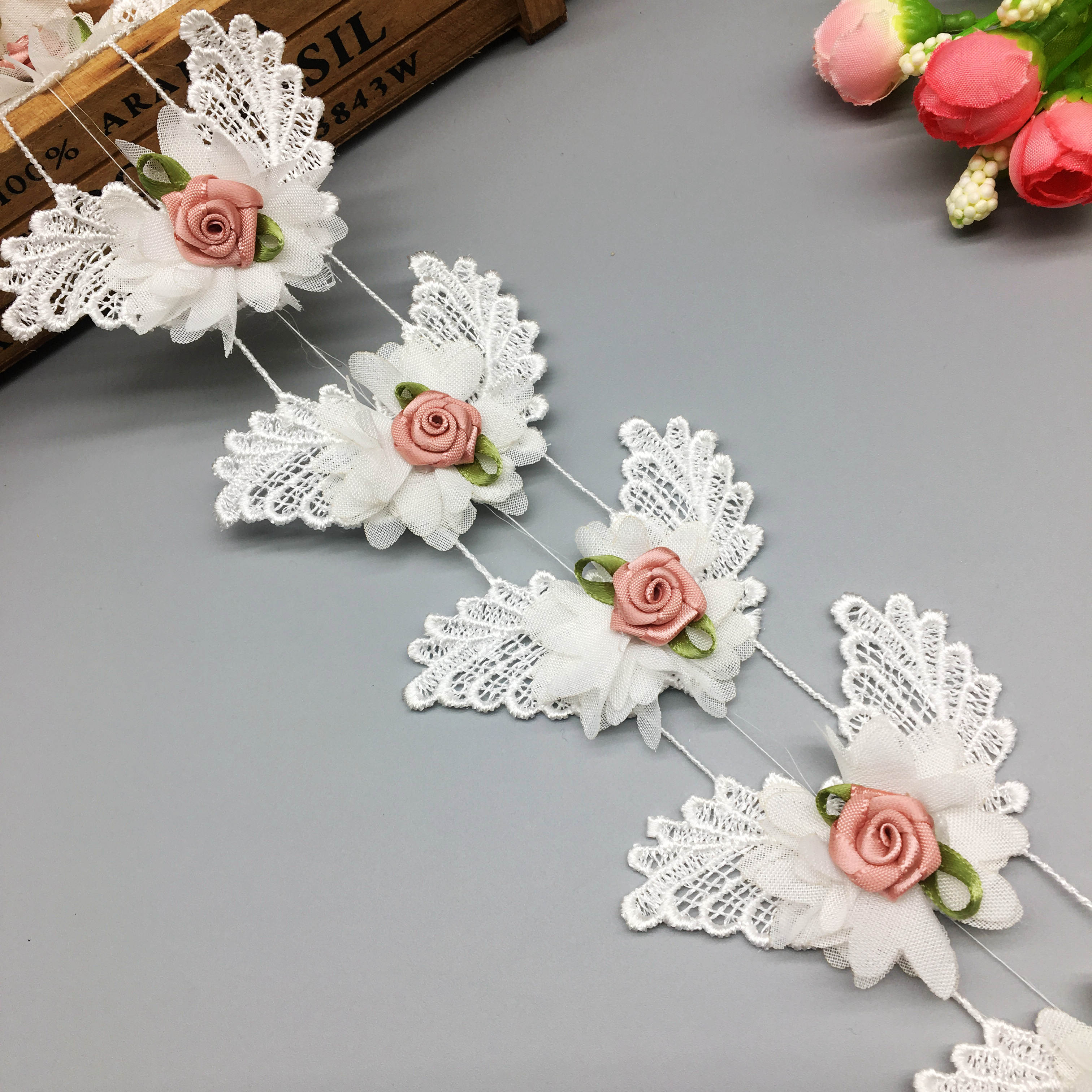 5 Yards Pleated Organza 2-Layer Lace Edge Trim Ribbon 6 cm Width White Trimmings Fabric Embroidered Applique Sewing Craft Wedding Bridal Dress Embellishment DIY Party Decoration Clothes Embroidery