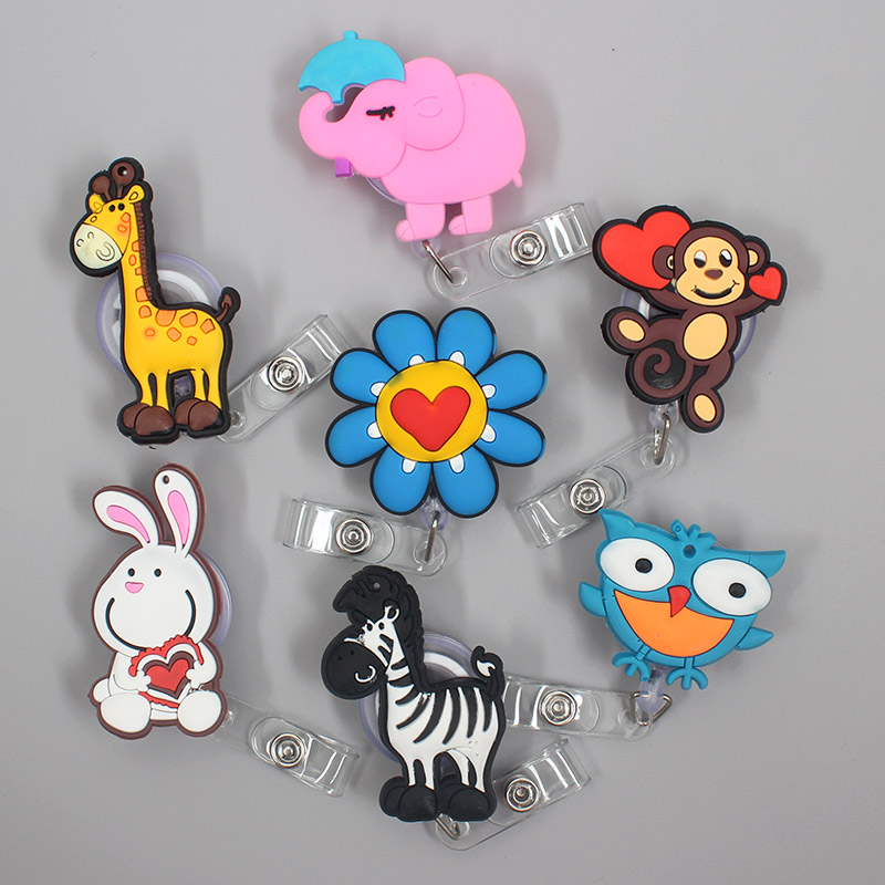 1 Pc New Cute Giraffe Animals Retractable Pull Nurse Students Badge Reel ID Lanyard Name Tag Card Badge Holder Reels For KIDS