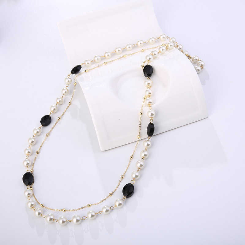 European And American Style Necklace Jewelry Classic Gift Gold Multi Layer Long Black And White Beaded Pendant Female Models in Chain Necklaces from Jewelry Accessories