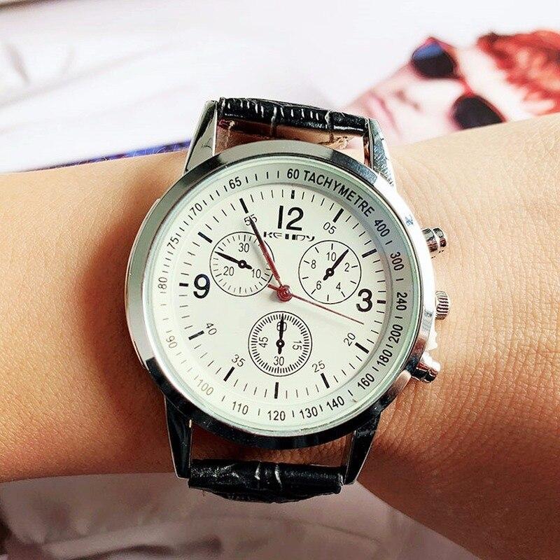 New Heat Sells Not Waterproof Men's Belt Watch Fashion Three-eye Quartz Student Watch