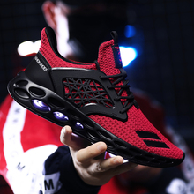 цена New Running Shoes shoes+male For Men Breathable Zapatillas Hombre Outdoor Sport Sneakers Lightweigh Walking Shoes Sneakers онлайн в 2017 году
