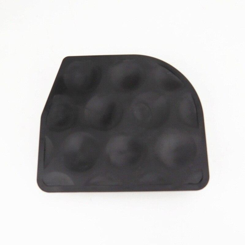 For Passat B6 B7 CC Car Accessories Underbody Left Floor Blocking Up Tamper Splash Shield protect Rail Cover guards 3C0825961