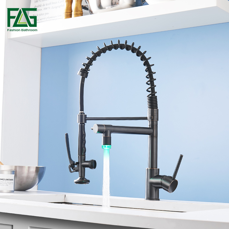 FLG LED Kitchen Faucets Spring Style Black Faucet Pull Out Kitchen Mixer Tap Hot And Cold Water Swivel Sink Taps 512-33ORB