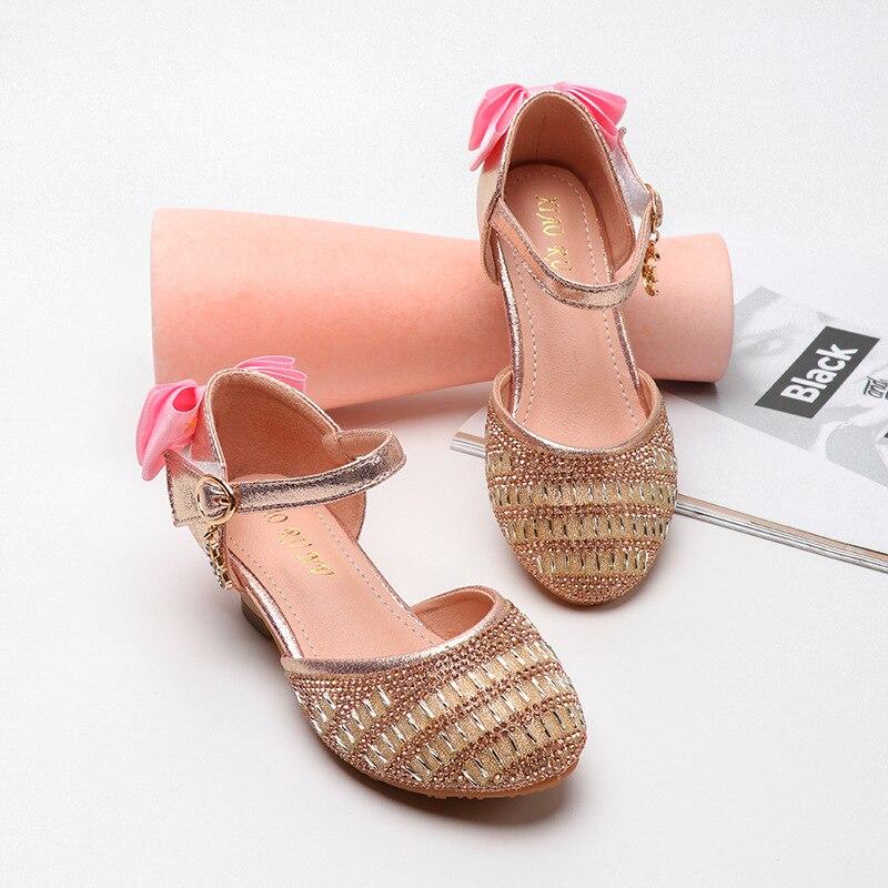Anne ve Çocuk'ten Sandaletler'de Yeni kızlar deri prenses Sandalet çocuk 2020 yaz Sequins Sandalet çocuklar güzel tarzı moda ayakkabılar boyutu 26 34 Sandalet title=