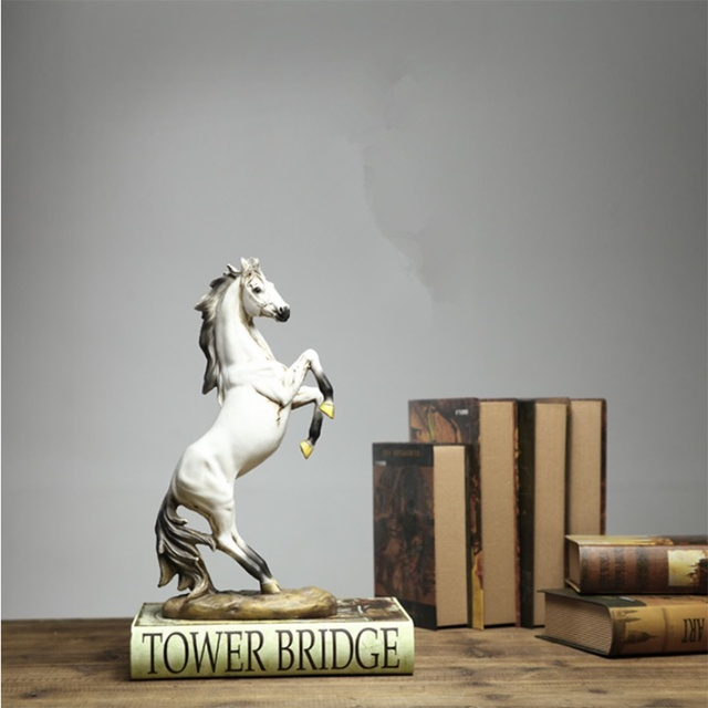 European War Horse Sculpture Statue Resin Home Decoration Accessories Domineering Animal Statue Modern Craft Gift Statue 5