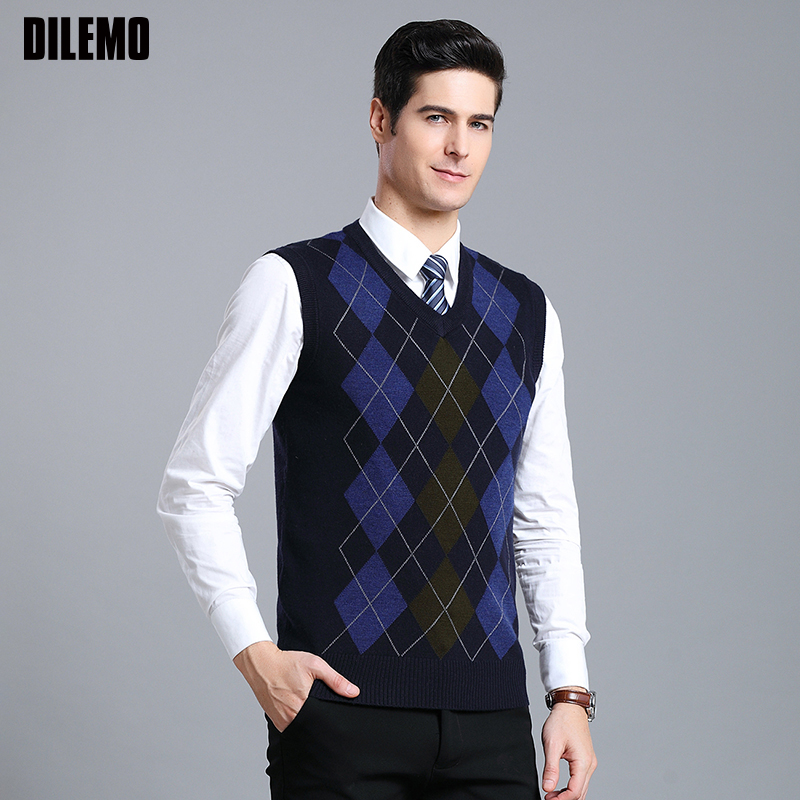 New Fashion Brand Sweater Mens Pullover V Neck Slim Fit Jumpers Knitting Patterns Autumn Vest Sleeveless Casual Clothing Men