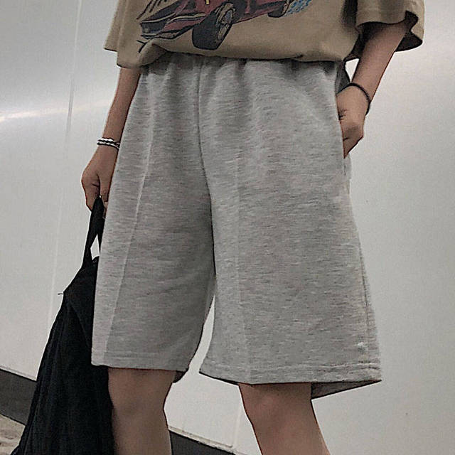 2020 Women Five Pointed Shorts Solid Black Grey Wide short Pants Unisex Students Casual Oversized Streetwear Hip Hop Punk Style 4