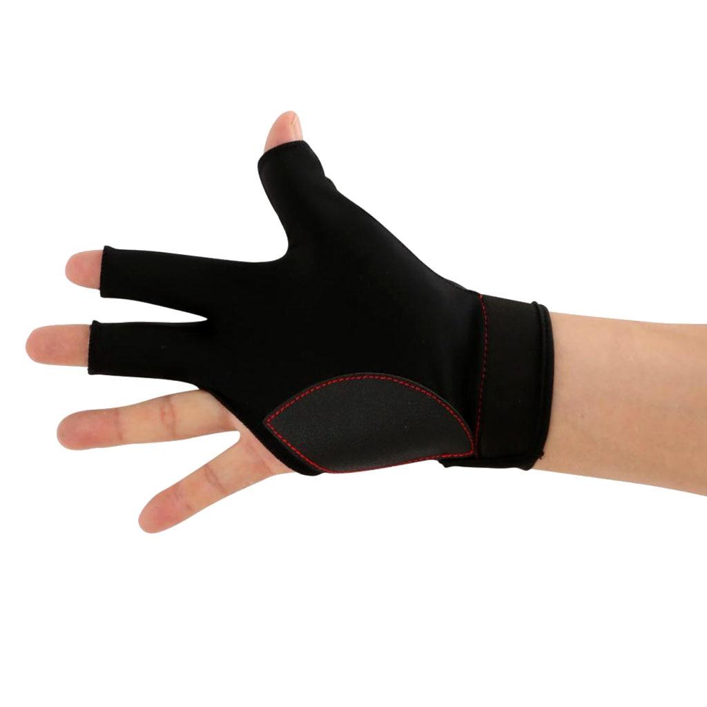 3-Finger Finger-tip Cut Right Hand Billiard Glove Plus 4Pcs Pool Cue Chalks Right Hand Billiard Glove Pool Cue Chalk
