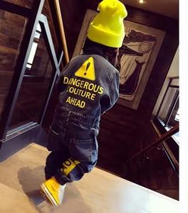 Image 1 - CNFSNJ 2020 นุ่ม DENIM เด็ก Romper Graffiti ทารกแรกเกิดเสื้อผ้า Jumpsuit เด็กทารกเด็กหญิงเครื่องแต่งกายคาวบอยแฟชั่นกางเกงยีนส์เด็ก