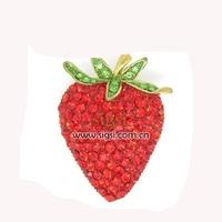Crystal New designs Rhinestone Strawberry Brooch pin