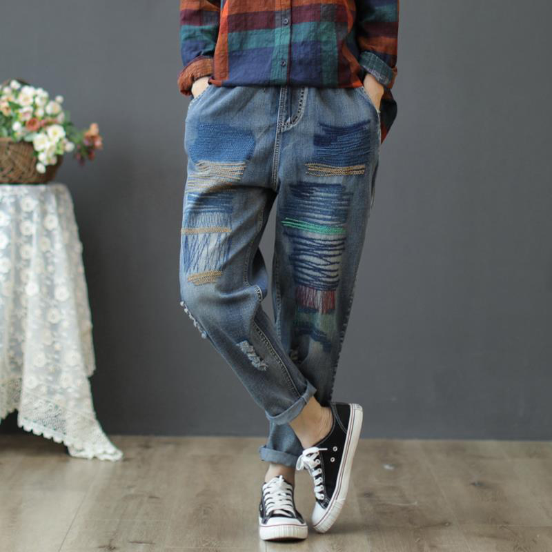 Autumn New Arts Style Women Jeans Vintage Ripped Ladies Jeans Elastic Waist Embroidery Loose Casual Cotton Denim Pants D429