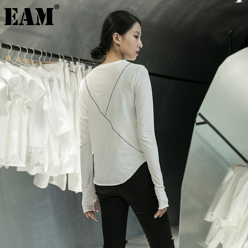 [EAM] Women Black Line Split Joint Temperament T-shirt New Round Neck Long Sleeve  Fashion Tide  Spring Autumn 2020 1DA905 1