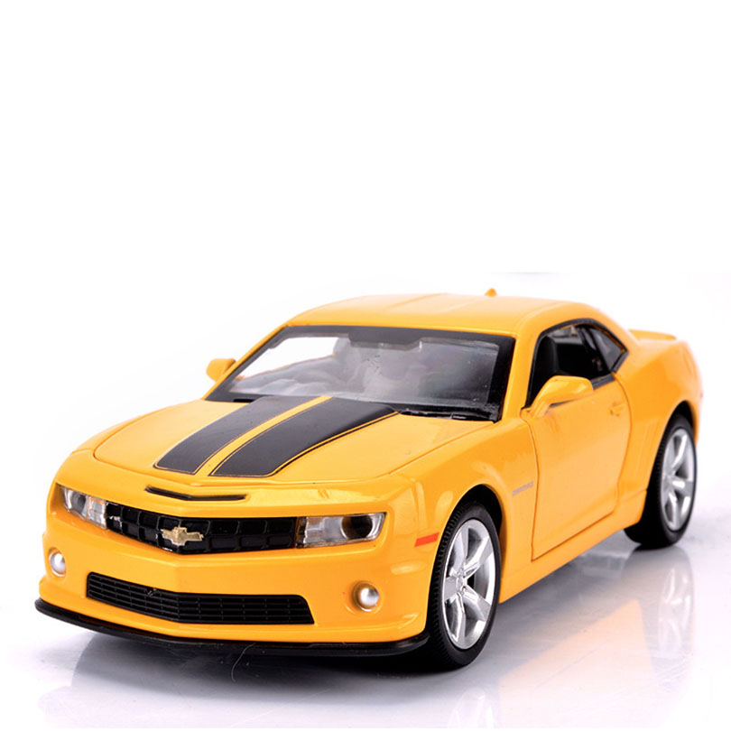1/32 Camaro Toy Car Model Alloy Pull Back Children Toy Genuine License Collection Gift Simulation Off-Road Vehicle Kids Ornament