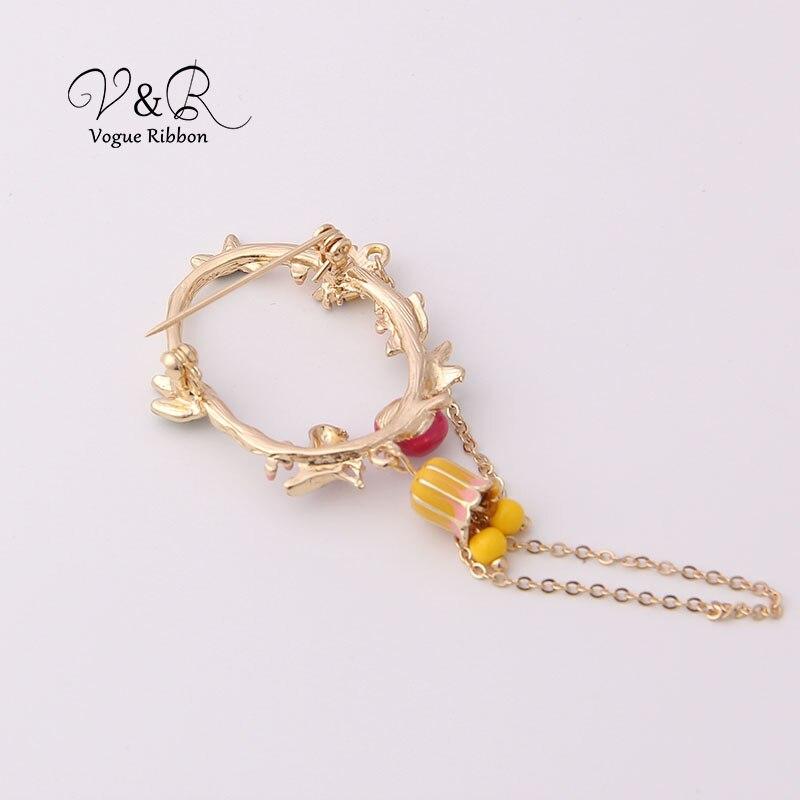 Cute Enamel Tree Leaf Ladybug Bird Nest Dangling Chain Brooch Pin For Women Cute Christmas Brooch 2019 New Jewelry Accessories (3)