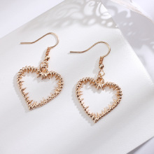 Hot Sales Korea Sweet Hollow Geometric Earrings Heart-Shaped Love Flower Cute Gold Color Heart Stud For Women