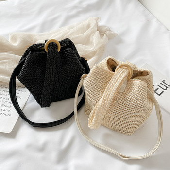 2020 New Women's Straw Handbag Retro Style Women's Casual Beach Fashion Bag Hand-Woven Shoulder Women Bag