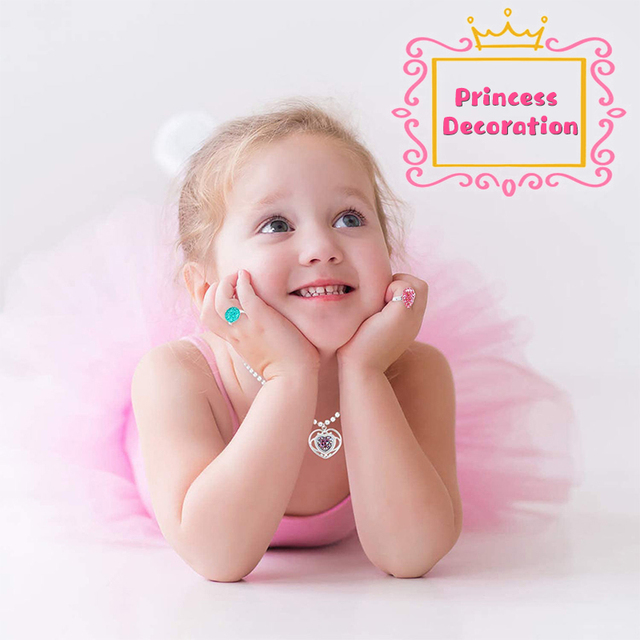 42Pcs Princess Jewelry Play Set Dress Up for Kids with Rings Earrings Necklaces Bracelet Bag Girl Gift Birthday Party Supplies 3