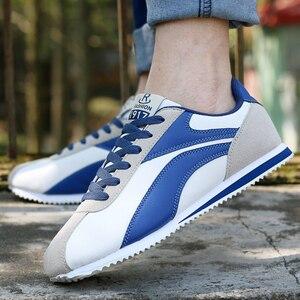 Image 5 - Leichte Turnschuhe für Männer Lace Up Casual Schuhe Mann Outdoor Wandern Männlichen Wohnungen Blau Grau Jogging Schuhe Trainer 8 8,5 9 9,5