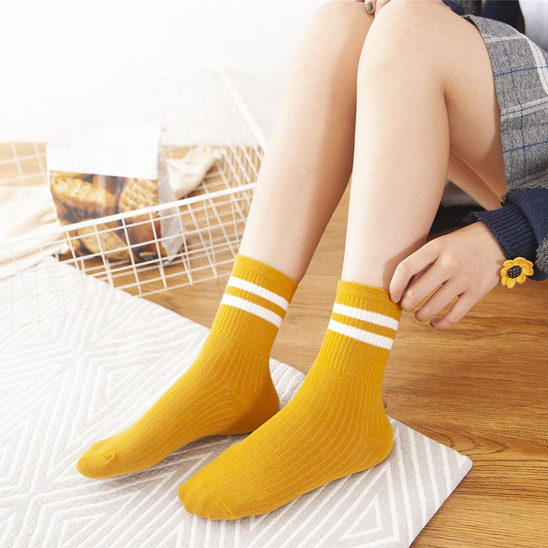 Women Socks Elastic Athletic Socks Stripes Print Breathable Moisture Wicking Deodorant Socks