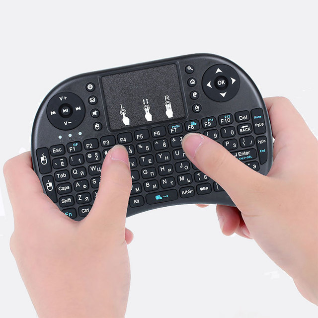Wechip i8 Russian English Version 2.4GHz Wireless Keyboard Air Mouse With Touchpad Handheld Work With Android TV BOX Mini PC 18 6