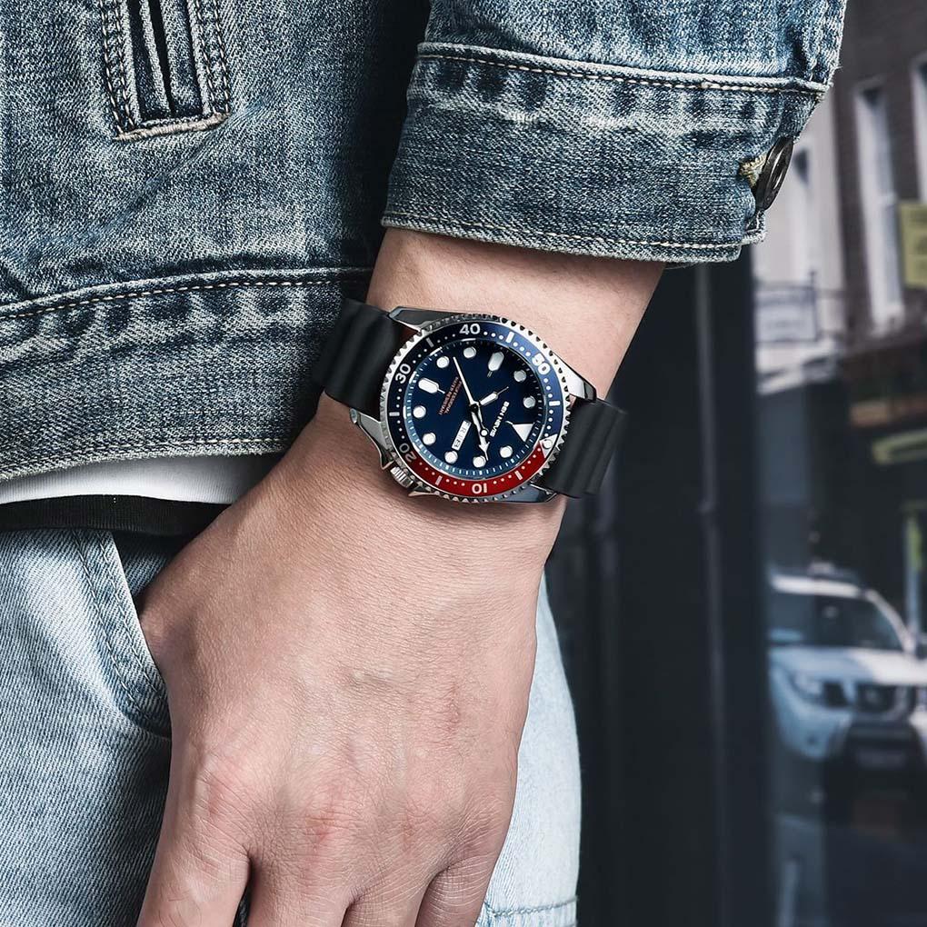 2020 Fashion Men Waterproof Quartz Watch Adjustable Silicone Watchband Date Calendar Wrist Watches Multi Function Quartz Watch
