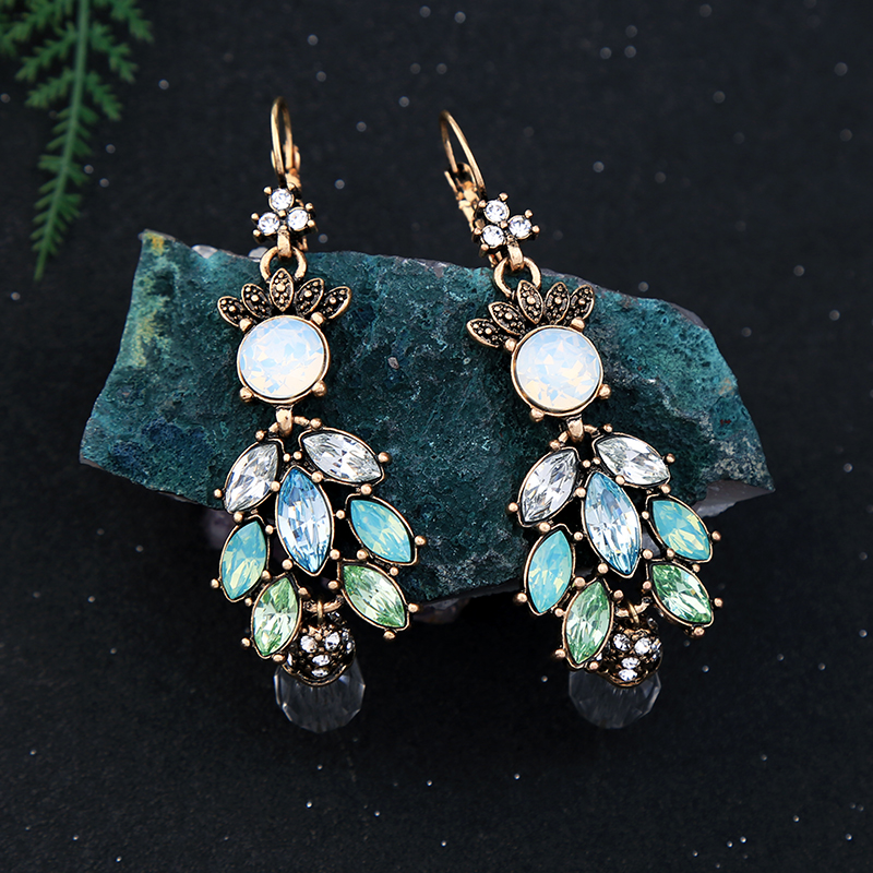 BALANBIU Vintage Style Women Drop Earrings Delicate Crystal Clearance Sale Earrings Big Discount New Fashion Jewelry Wholesale(China)