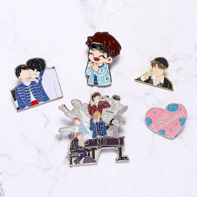 Love Yourself Brooch Biling Heart Metal Pin Kpop Bangtan Boys Pins Collection Cartoon Badge Brooches Jewelry Gifts