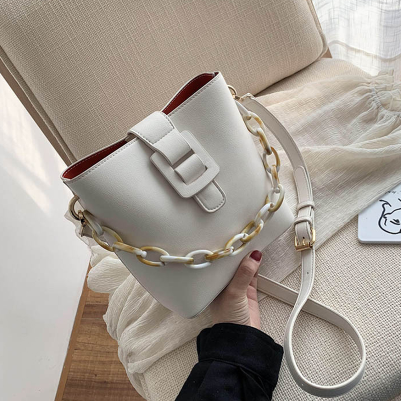 Casual Acrylic Chain Bucket Bags For Women Crossbody Bag Fashion Small Lady Handbags Designer Female Travel PU Shoulder Bags